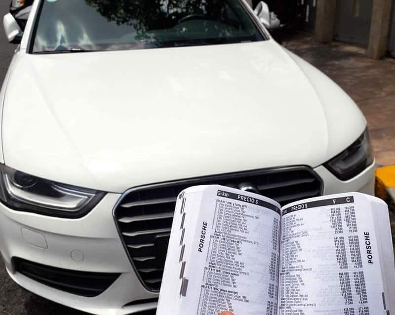 Valuación de Autos consultando libro azul