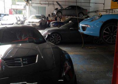 Taller de autos deportivos
